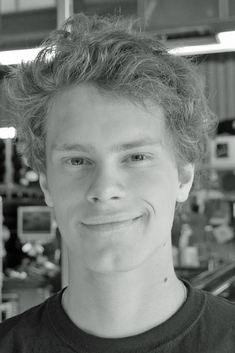 Simen Holmsen 200x300