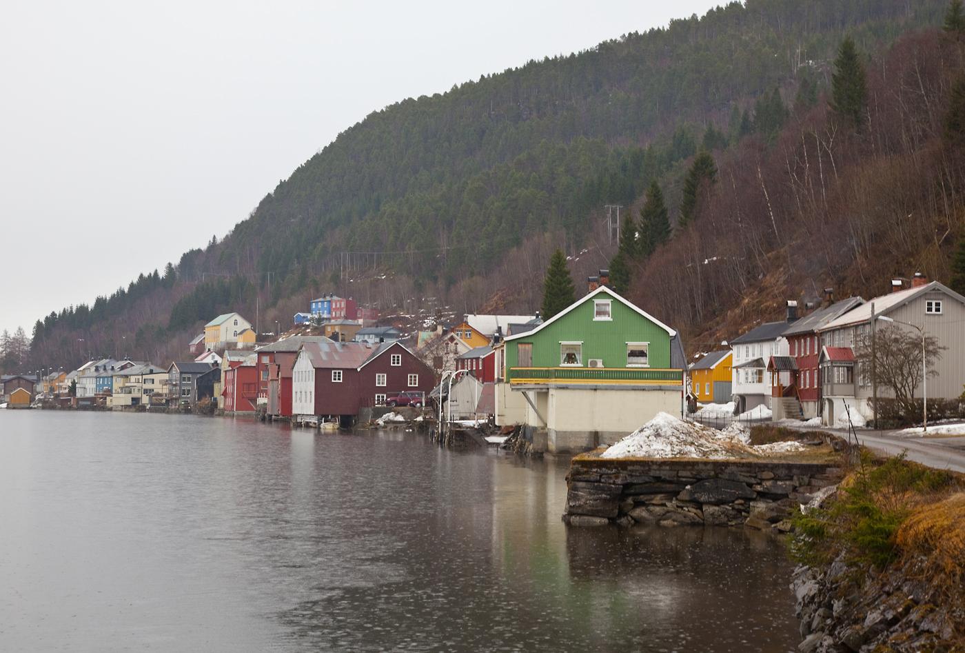 x153-sjø-hus.jpg