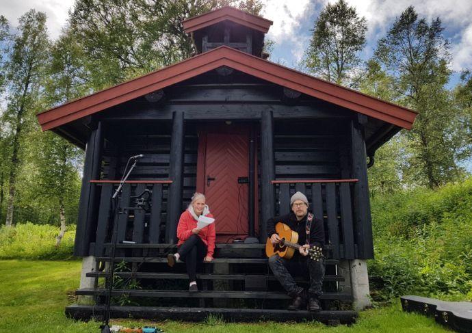 Gunn Astrid og Karstein_preview.jpg