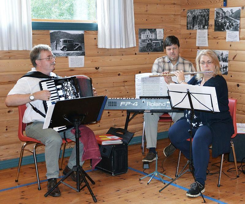 180908 i Hønsviks Trio