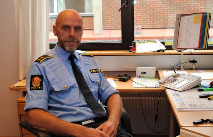 Politioverbetjent Helge Berg-red