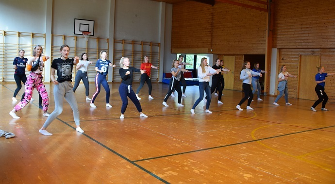 Dansere 2.jpg
