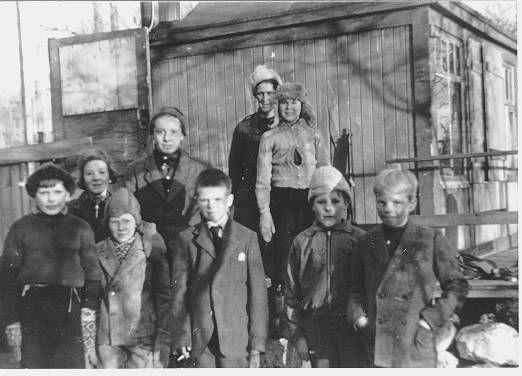 Barn i Sør Varanger etter frigjøringa av Finnmark under 2. verdenskrig