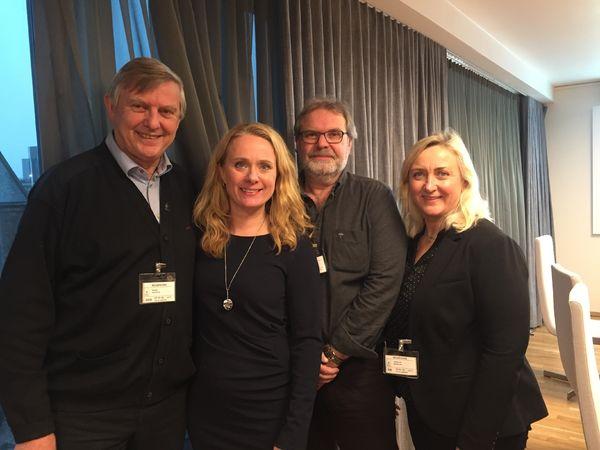 ØNSKER BEDRING. HLFs forbundsleder Morten Buan (til venstre) i møte med arbeids- og sosialminister Anniken Hauglie, sammen med nestleder Jan Joakimsen og Merete Orholm, leder av HLFs interessepolitiske avdeling.