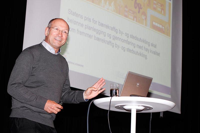 Michael Fuller-Gee, sjefsarkitekt og byplanlegger kjem til seminaret. Foto: Andris Hamre