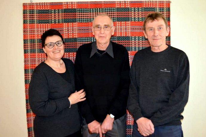 Jon Trønsdal med kristin og Magne.jpg
