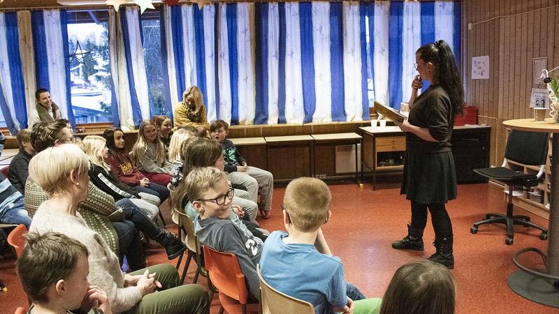 Høytlesing ved Fossen skole