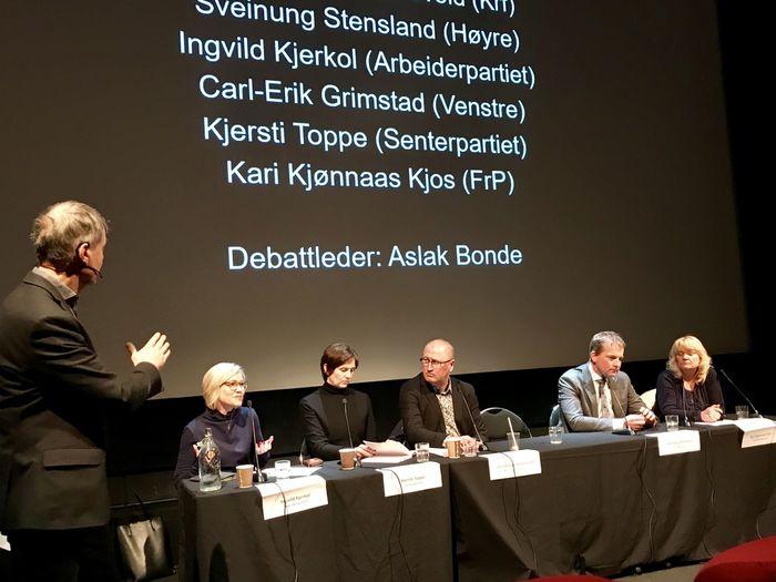POSITIVE. Representantene i Stortingets Helse - og sosialkomité var enige om at hørselstesting av seniorer er god helseforebyggeing. Fra venstre: Ingvild Kjerkol (Ap), Kjersti Toppe (Sp), Geir Jørgen Bekkevold (KrF), Sveinung Stensland (H) og Kari Kjø