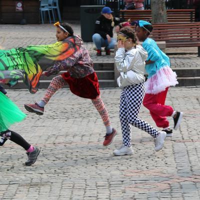 IMG_8099_Leikarringen_Noreg_Dansens_Dag_Bragernes_Torgsecenen_270419_Drammen_Kulturskole