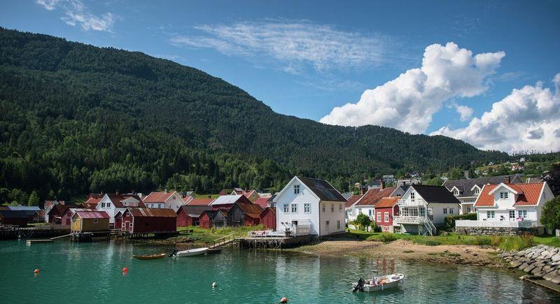 Solvorn. Foto: Sverre Hjørnevik/Visit Sognefjord