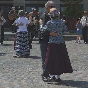 dance-1057707_1920