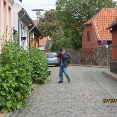 IMG_3638_Leikarringen_Noreg_Bornholm_2019_Rønne_Byvandring_Guiding_Blomster
