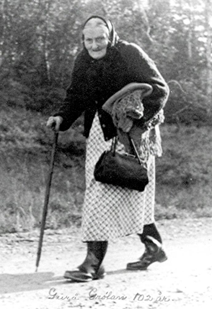 Guro Grøtan 102 år går til Betna.jpg