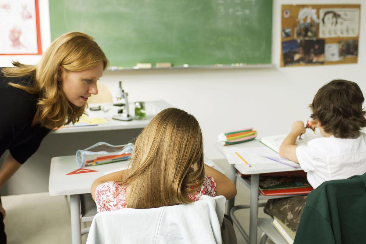 BEDRE UNDERVISNING. Tidlig innsats og kompetente lærere er blant tiltakene som må til for at barn med særskilte behov skal få den hjelpen de trenger i barnehage og skole. Illustrasjonsfoto. Colourbox