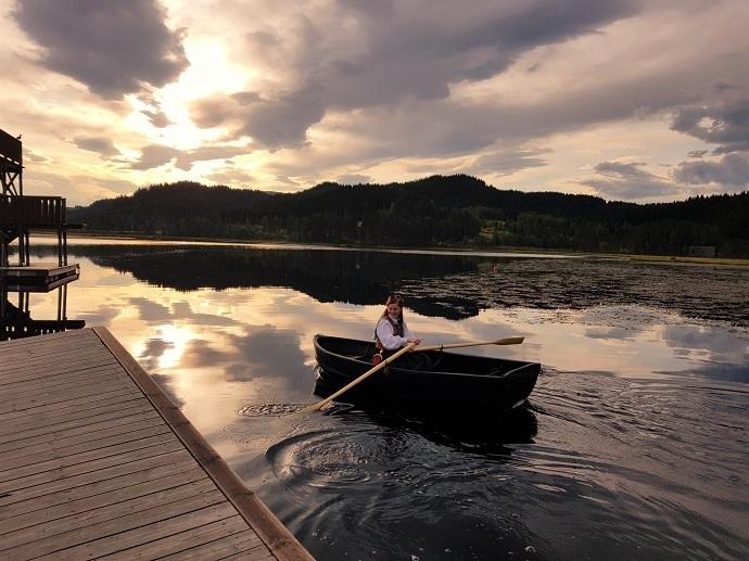 Trine båt 1.jpg