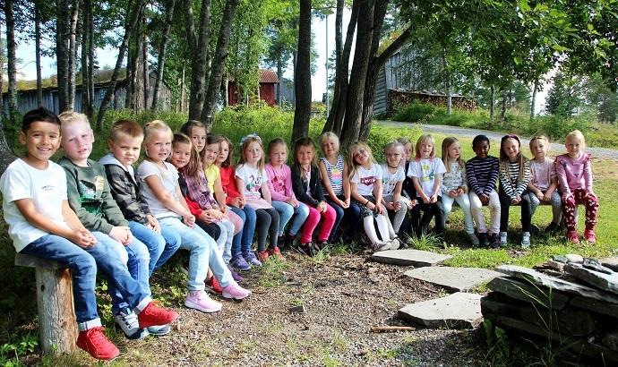 1. klasse Rindal skole 3 ps 690.jpg