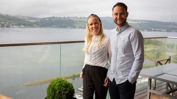 Tonje Opsalhagen og Eirik Moengen Pedersen har flyttet inn Mjøstårnet