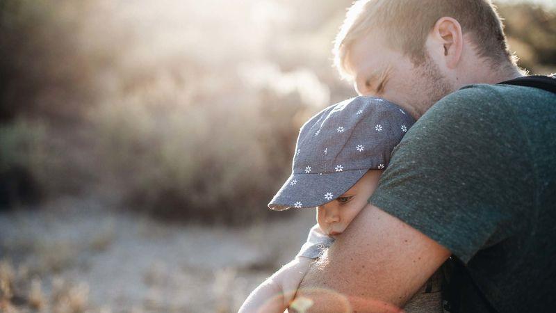 Foto av far og barn