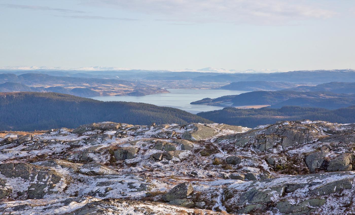191026j-fjord.jpg