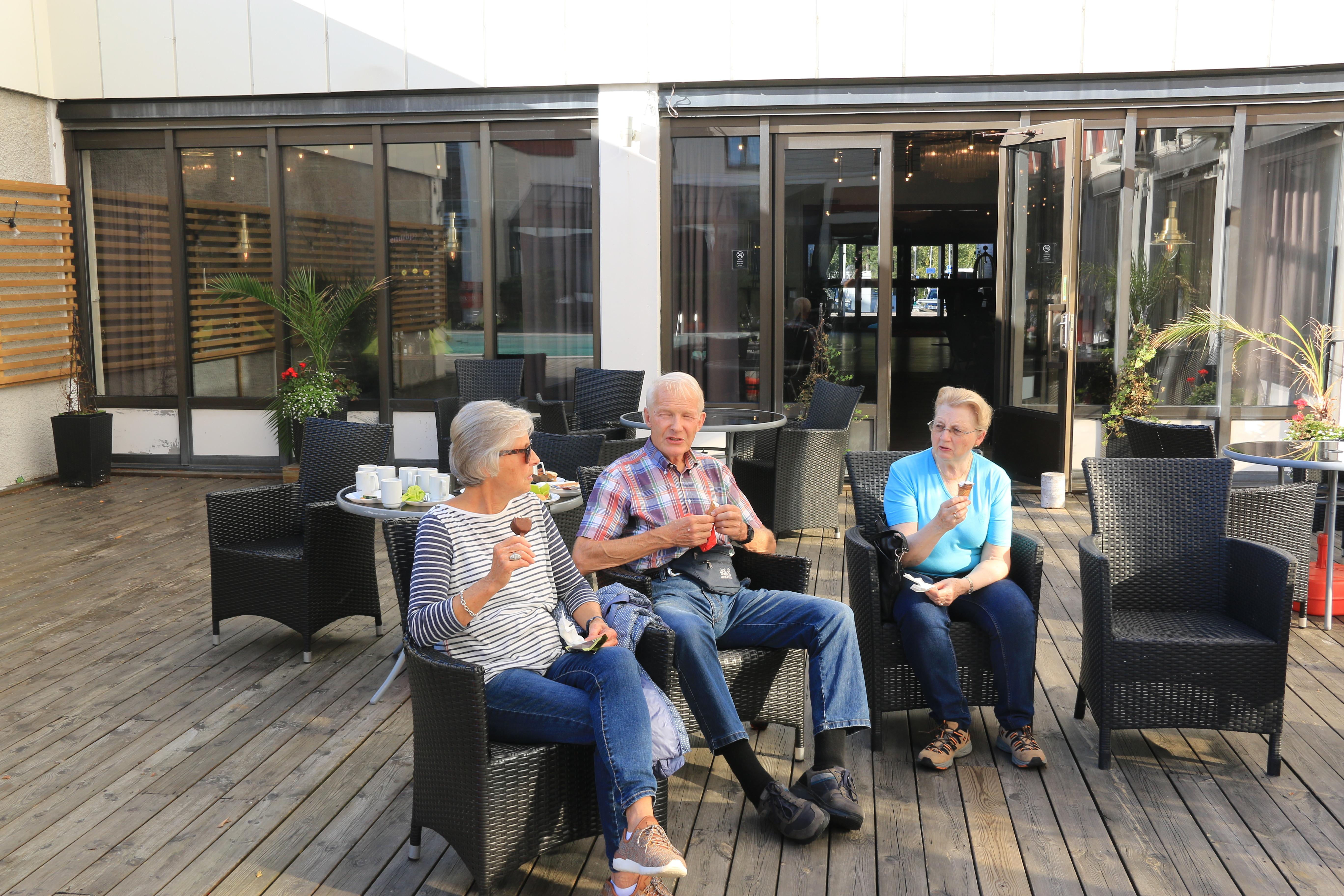 IMG_2101_Grensetreff_2019_Karlstad_Ettermiddagskaffe_på_hotellet.JPG