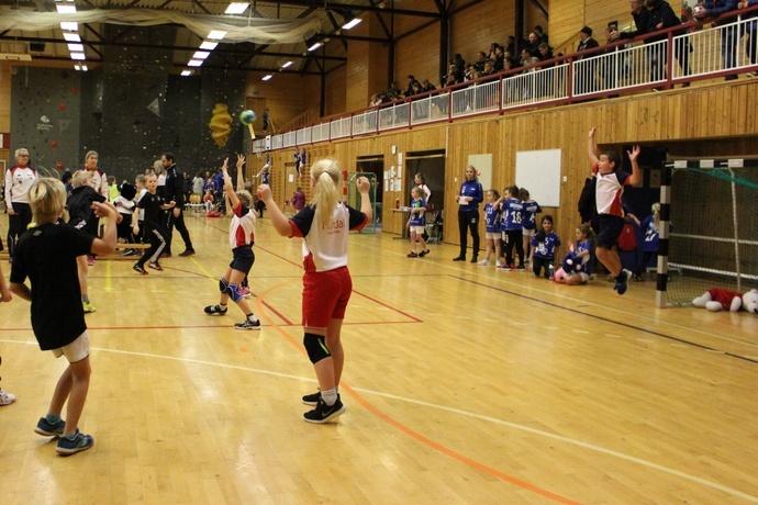 2019-11-30 Minihandballcup i Rindalshuset 123-002.jpg