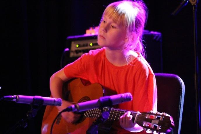 2019-12-09 Kulturskolens Julekonsert og kunstutstilling i Torshall 092_690x460.jpg