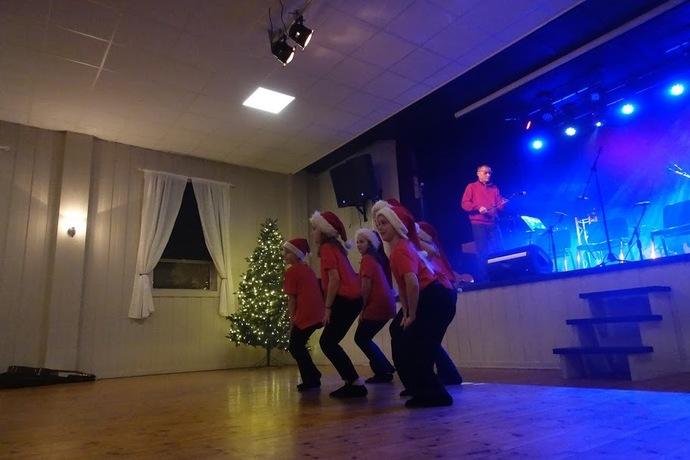 2019-12-09 Kulturskolens Julekonsert og utstilling i Torshall 073_690x460.jpg