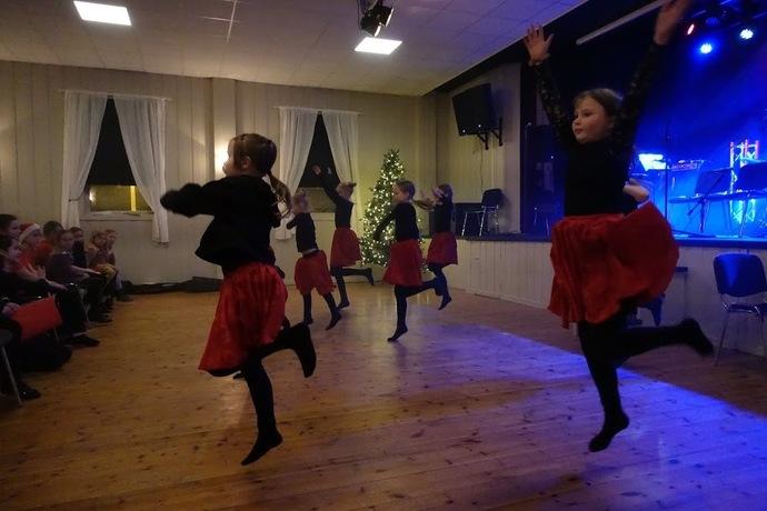 2019-12-09 Kulturskolens Julekonsert og utstilling i Torshall 023_690x460.jpg