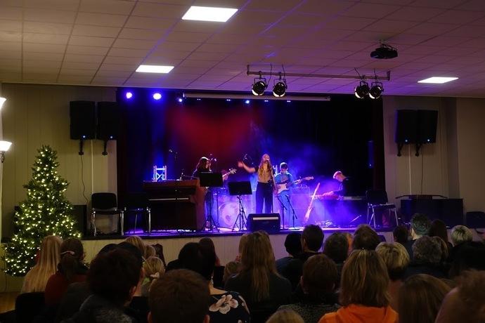 2019-12-09 Kulturskolens Julekonsert og utstilling i Torshall 016_690x460.jpg