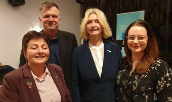 Lilly Gunn Nyheim, Bernt Venaas, Tove Lise Torve og Line Hoem foto privat