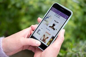 bilde av mobiltelefon med BookBites