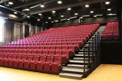 teatersalen+i+brumundal
