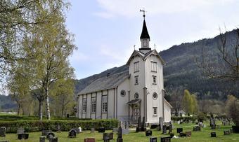 ranes kyrkje vår 2019 3