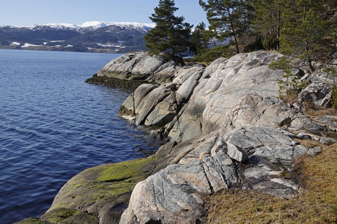 200321l-fjord.jpg
