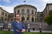 VIL JOBBE. Audiografforbundets leder Håvard Ottemo Paulsen mener audiografene kan gjøre en viktig jobb selv om de ikke kan møte brukerne ansikt til ansikt. Foto. Bjørg Engdahl