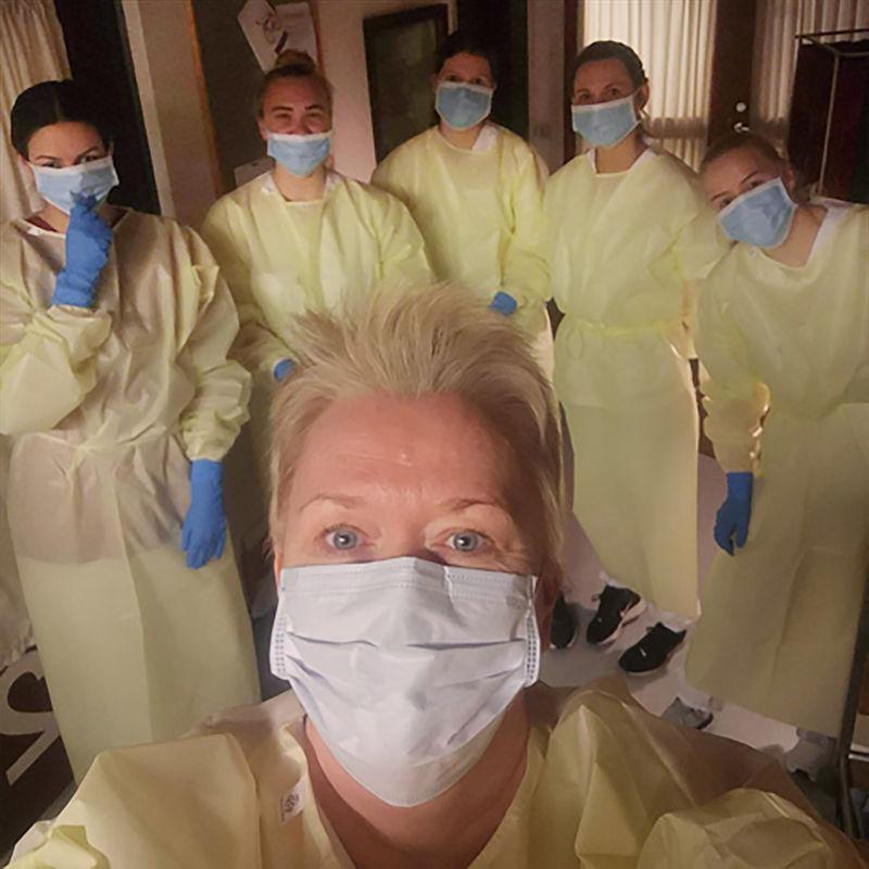 Foto av helsepersonell i kommunen