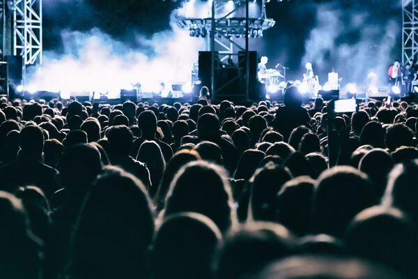 STØYKILDE. Konserter er en av de største kildene til plagsom støy, kommer det frem av Helsepolitisk barometer 2020. Illustrasjonsfoto. Colourbox
