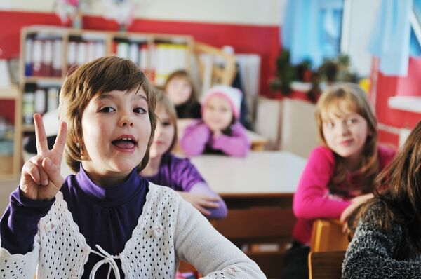 SMITTEVERN. Mange hørselshemmede barn bruker spesialutstyr som må underlegges samme krav til smittevern som alt annet utstyr. Illustrasjonsfoto. Colourbox