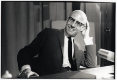 FOUCAULT Michel photo M Garanger Gallimard NetBL