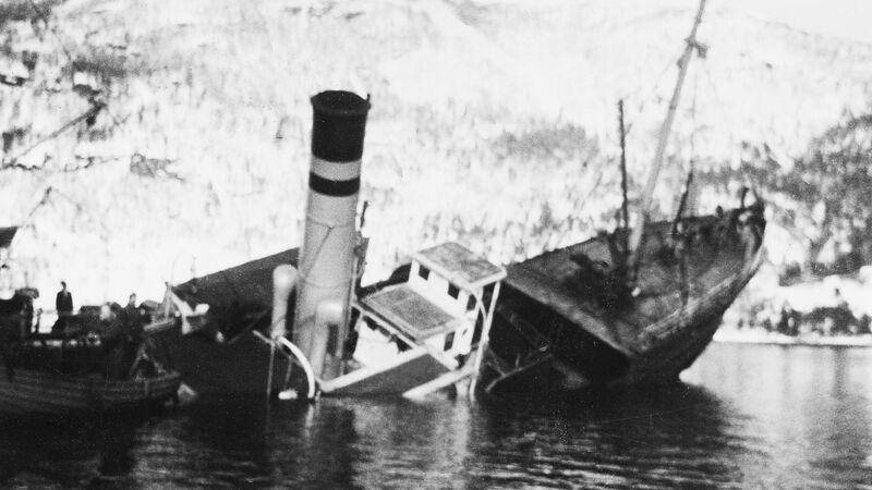Skulebesøk c Statsraad Riddervold 1944 Arkiv