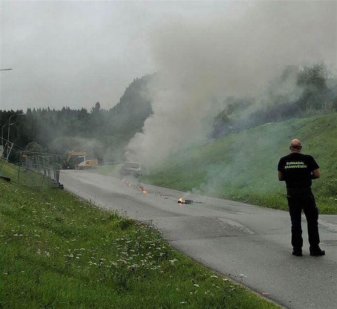 brann i bil2 (2)