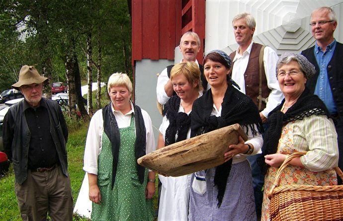 Sjøbruksmuseet e Markaslått og seterliv Bøfjorden 030906.jpg