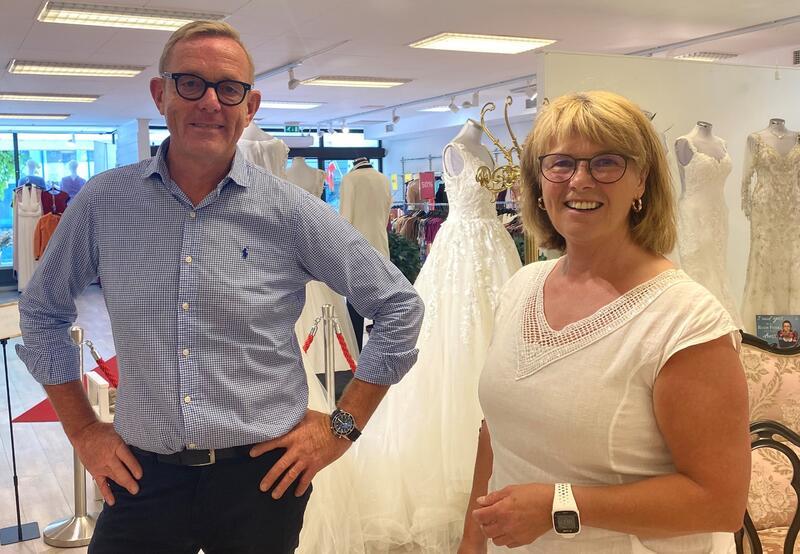 Tor Rullestad og Heidi T. Karlsen håper næringslivet bruker muligheten til å søke støtte.